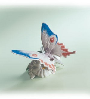 Lladro-Graceful Landing