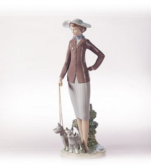 Retired Lladro-Walking The Dogs