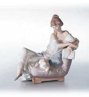 Lladro-Reading Companion 2001-02
