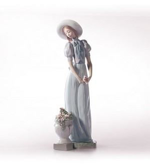 Retired Lladro-Blossom Of The Heart
