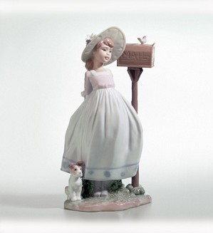 Retired Lladro-Waiting For Your Letter