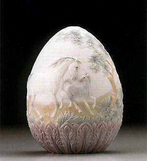 Lladro-1995 Egg 1995-95