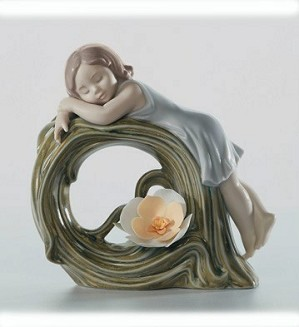 Lladro-Childhood Dream