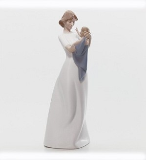 Lladro-A Mothers Treasure