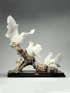 Giuseppe Armani-Three Doves -