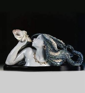 Lladro-Call Of The Sea