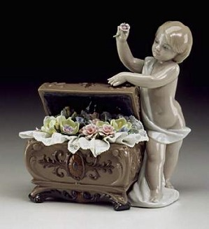 Lladro-Petals Of Hope
