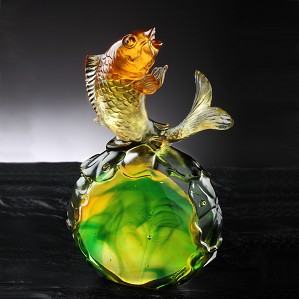 Liuli Crystal-Fish Figurine (Symbolize Success) - Somersault To The Top