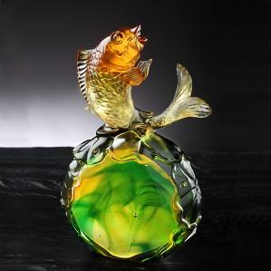 Liuli Crystal-Fish Figurine (Symbolize Success) - Somersault To The Top