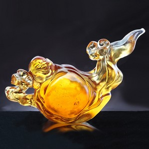 Liuli Crystal-Auspicious Clouds Maitreya Ruyi