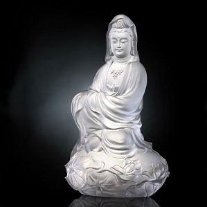 Liuli Crystal-Meditation in Spring Wind