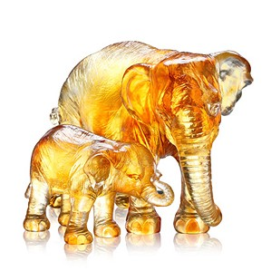 Liuli Crystal-Elephant (The Love of Mother) - At That Time