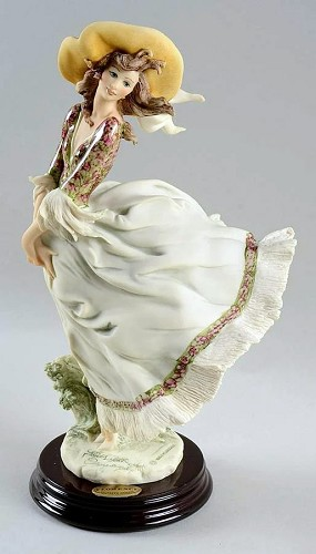 Giuseppe Armani-Scarlett 1995 Figurine Of The Year Signed