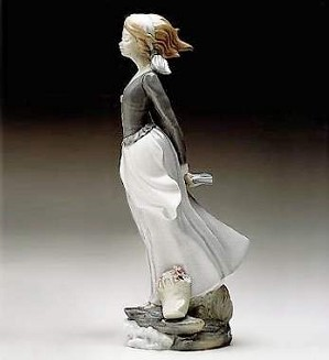 Lladro-Wind Blown Girl 1974-02