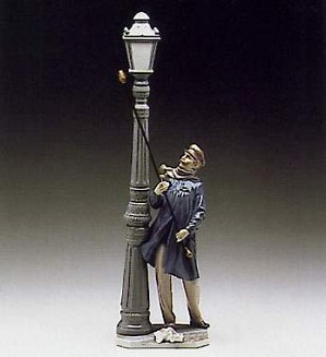 Lladro-Lamplighter