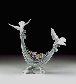 Lladro-Petals Of Peace