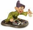 WDCC Disney Classics Snow White Dopey We Pick Up Everything In Sight